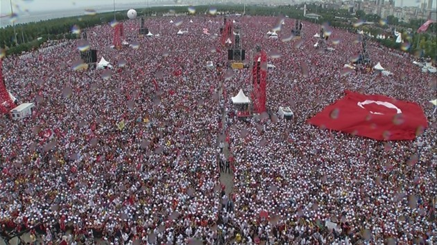 CHP Candidate Holds Final Election Rally In Istanbul