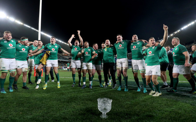 Ireland players celebrate with the Lansdowne Cup after the game