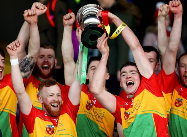 Richard Coady and Diarmuid Byrne lift the trophy