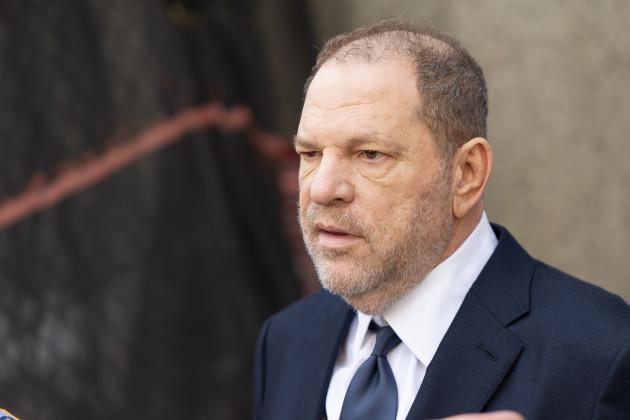 NY: Harvey Weinstein departs court after arraignment