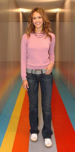 Jessica Alba MTV TRL