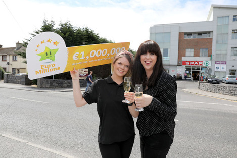 _Spar store in the Ballybrit Technology Park in Parkmore, Co, Galway sell winning €1 million Euro EuroMillions Raffle Draw 0P3A0142 copy