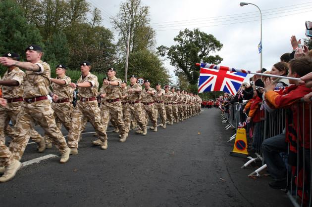 Shot soldiers Regiment return from Afghanistan