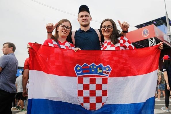FBL-WC-2018-CRO-FRA-FANS