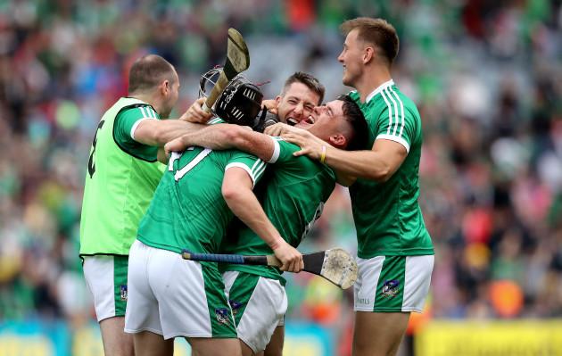 Peter Casey, Darragh O'Donovan, Graeme Mulcahy and Seamus Flanagan celebrate