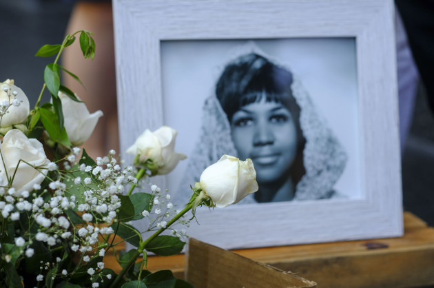 Aretha Franklin Sidewalk Memorial In Los Angeles