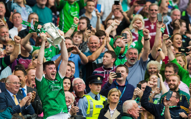Declan Hannon lifts the Liam MacCarthy