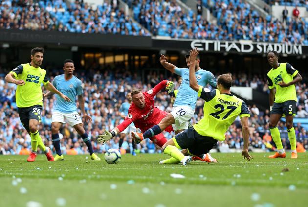 Manchester City v Huddersfield Town - Premier League - Etihad Stadium