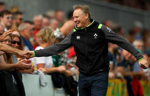 Joe Schmidt acknowledges the fans