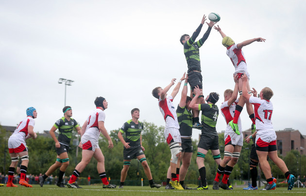 IQ Rugby claim a line out