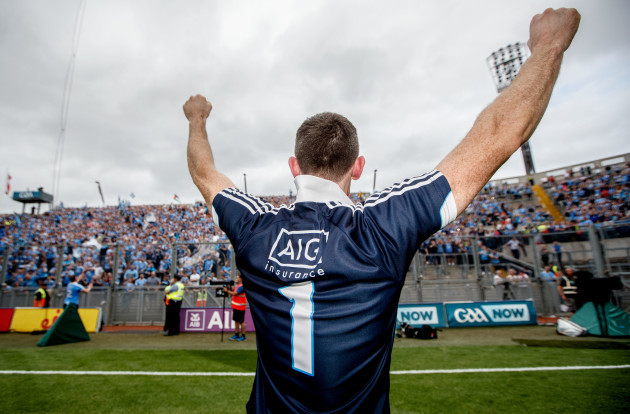 Stephen Cluxton acknowledges Hill 16