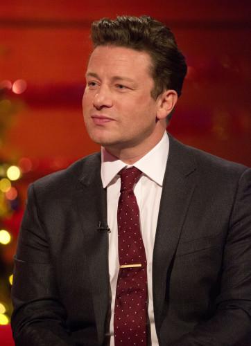 Jamie Oliver catches burglar