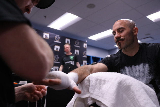 Gary O'Sullivan has his hands wrapped ahead of the fight