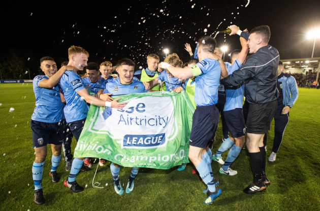UCD celebrate winning the SSE Airtricity League first division