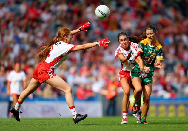 Niamh Hughes with Niamh O'Sullivan