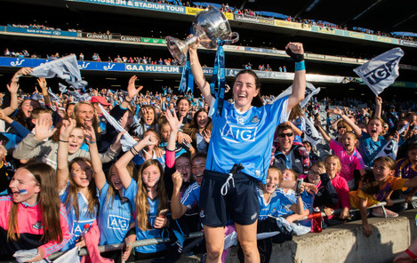 Lyndsey Davey celebrates with the trophy