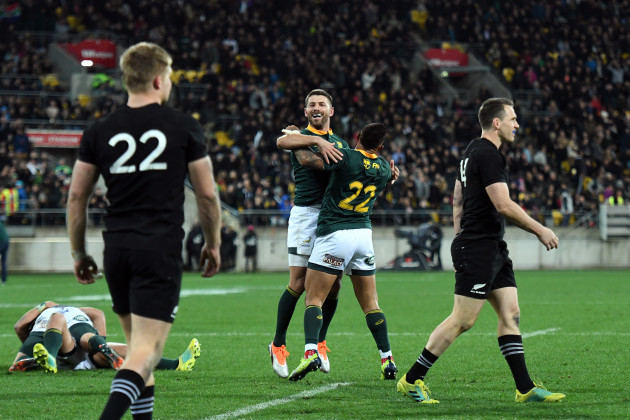 Willie le Roux celebrates at the final whistle