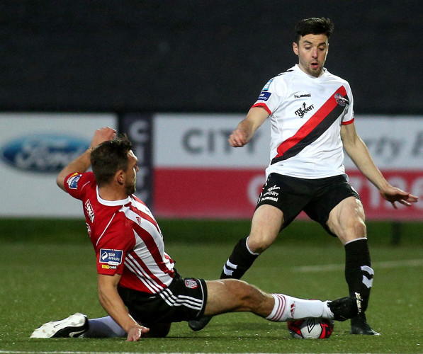 Kevin Devaney and Derry's Gavin Peers