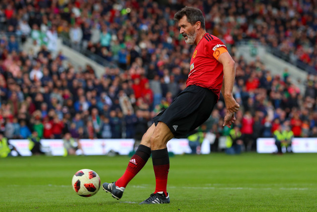 Roy Keane taking a penalty