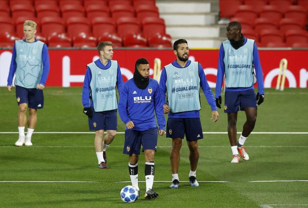 Valencia Training - OId Trafford