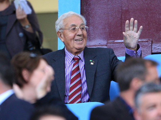Soccer - Barclays Premier League - Aston Villa v Wolverhampton Wanderers - Villa Park