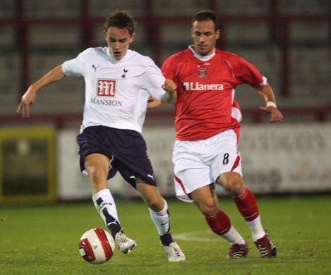 Soccer - Barclays Reserve League South - Tottenham Hotspur v Charlton Athletic - Broadhall Way