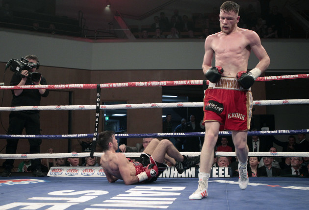 James Tennyson knocks down Declan Geraghty to win the fight