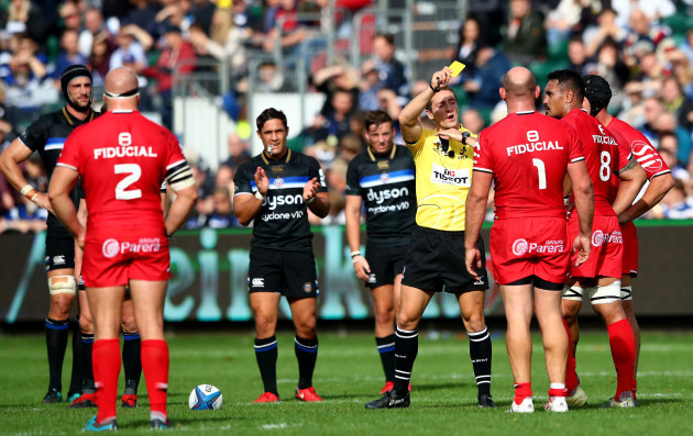 Jerome Kaino yellow carded by referee Andrew Brace