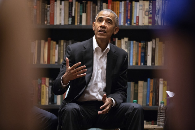 Obama meets with Democratic presidential aspirants about 2020