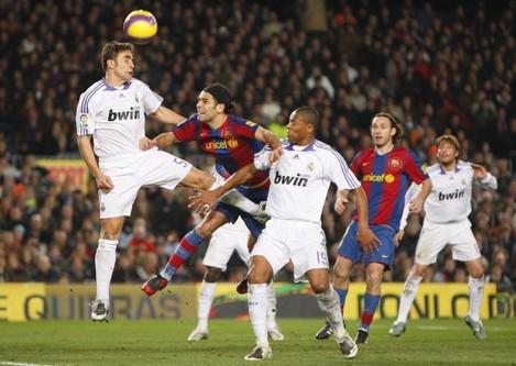 Soccer - Spanish League soccer match - FC Barcelona vs Real Madrid - Barcelona