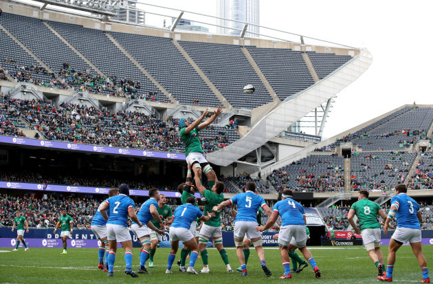 Tadhg Beirne in the line out