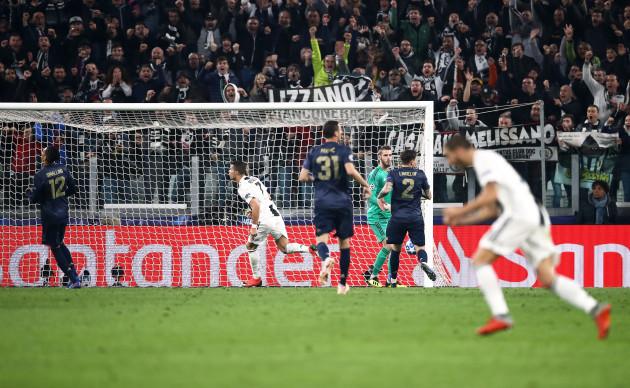Juventus v Manchester United - UEFA Champions League - Group H - Juventus Stadium