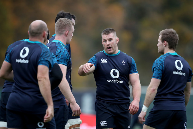 Sean O'Brien speaks with James Ryan, Dan Leavy, Rory Best and Kieran Marmion