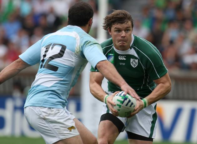 Brian O'Driscoll on the attack