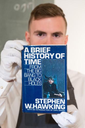 BRITAIN-LONDON-STEPHEN HAWKING-ITEMS-AUCTION