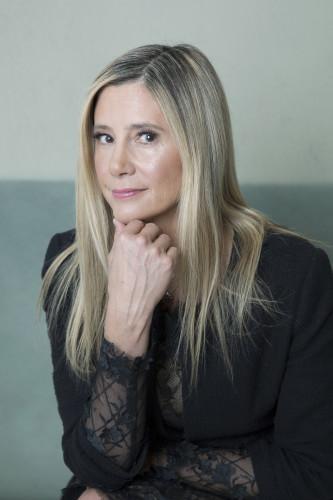Mira Sorvino Portrait Session