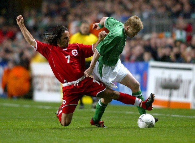 Damien Duff and Ricardo Cabanas 16/10/2002 DIGITAL
