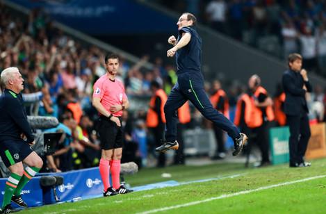 Martin O'Neill celebrates at the final whistle