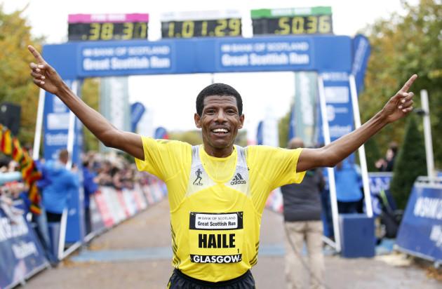 Athletics - 2013 Bank of Scotland Great Scottish Run - Glagsow
