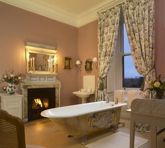 Castle Leslie Bathroom