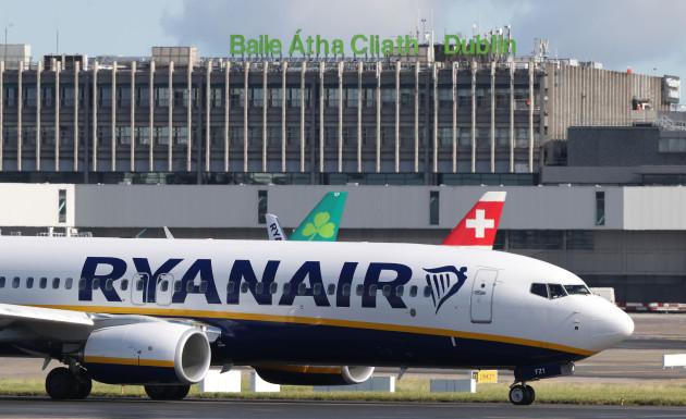 Ryanair air traffic control warning