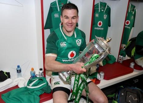Jonathan Sexton celebrates winning
