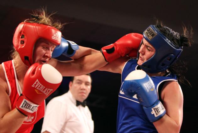 Jessica Lyons in action against Kelly Harrington