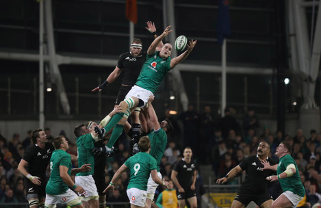 Ireland's Devin Toner wins a lineout from New Zealand's Kieran Read