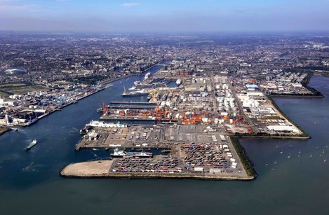 59 Dublin Port  looking west