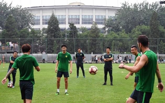 (SP)CHINA-BEIJING-SOCCER-CSL-BEIJING GUOAN FC-NEW COACH-ROGER SCHMIDT