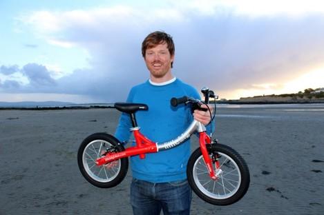 founder-simon-evans-with-a-littlebig-bike-1