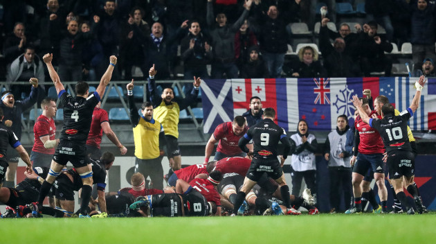 Castres celebrate scoring a try
