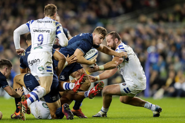 Jordan Larmour tackled by Tom Dunn