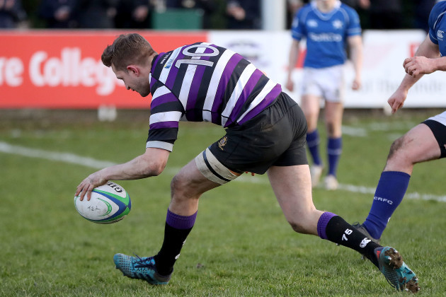Mark O'Neill scores a try